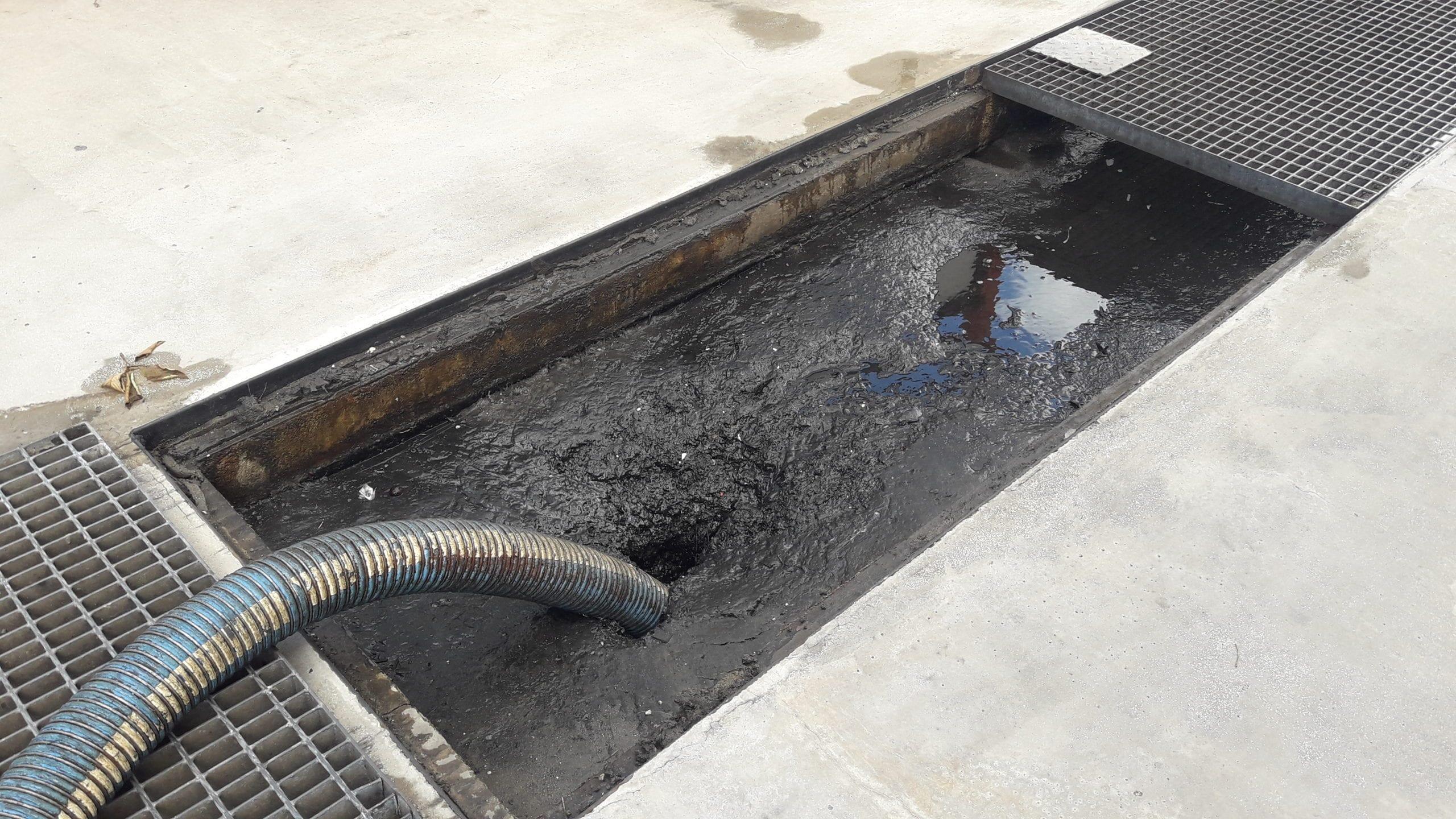 Vidange et entretien séparateur hydrocarbures
